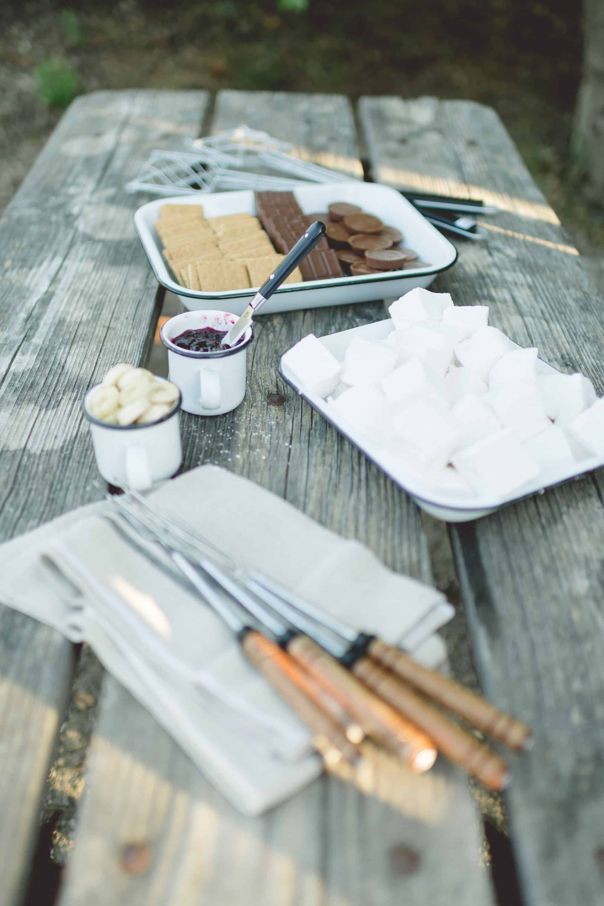 Some More S'mores by Tiffani Thiessen • Photography by Rebeca Sanabria