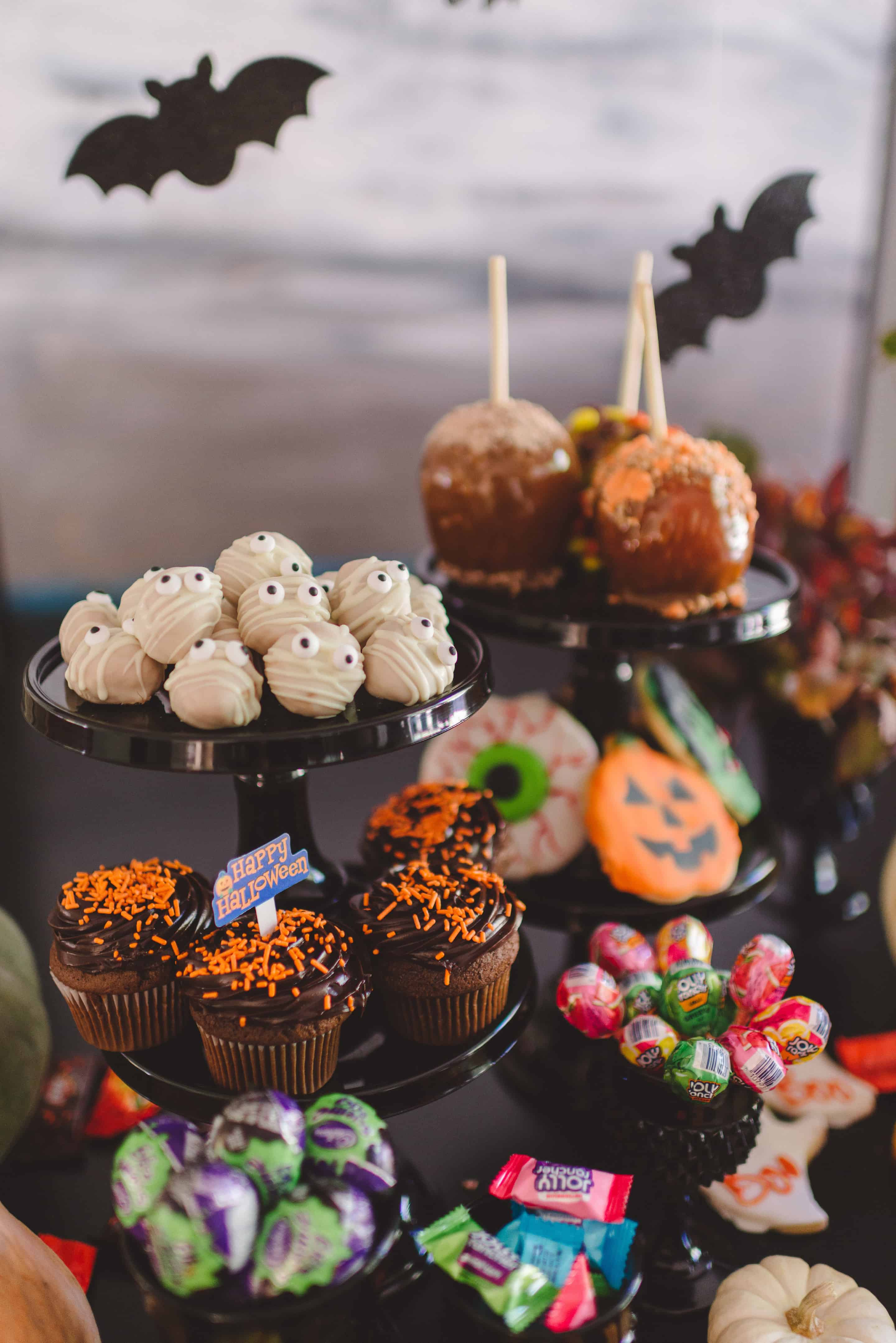 Hershey Halloween by Tiffani Thiessen • Photo by Rebecca Sanabria