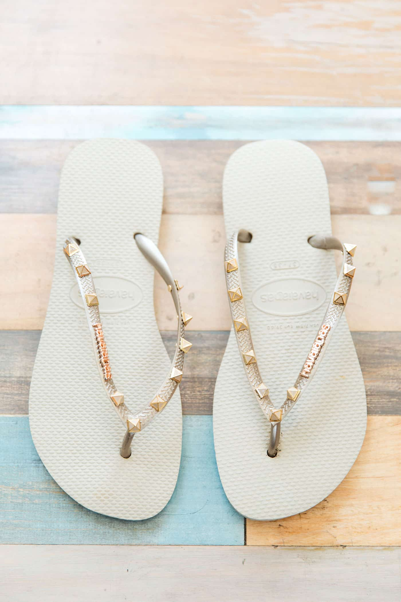 Tiffani Thiessen's Favorite Things July 2016 • Havaianas flip flops • Photography by Brandon Kidd