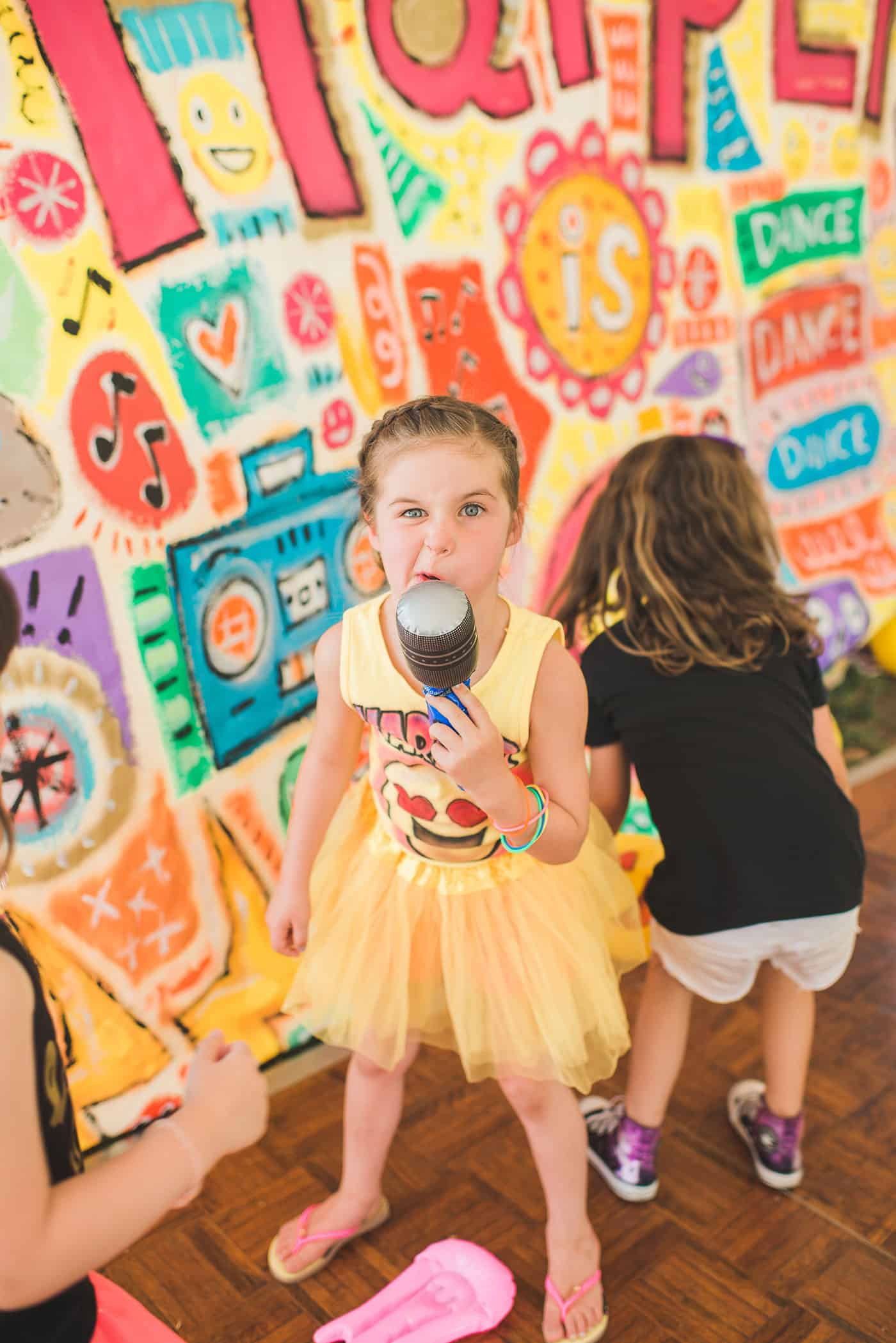 Dance Dance Emoji Party with Tiffani Thiessen • Photo by Rebecca Sanabria