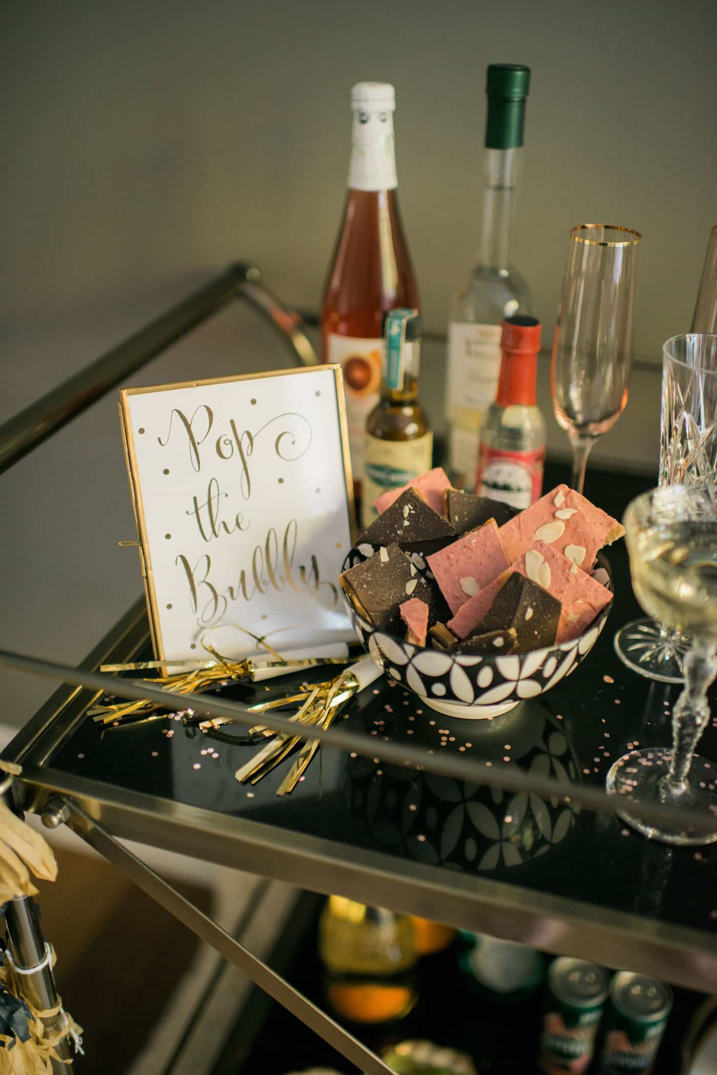 New Years Bubbly Bar with Tiffani Thiessen